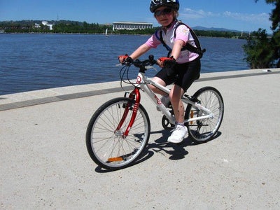 Kids Will Love the R.G. Menzies Walk and Bike Path in Canberra