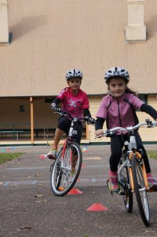 bike-n-fitness-kids-learning-to-ride-2