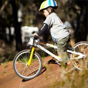 e-350-fb-kerrinleebruce-melrose-pumptrack_sq400-web