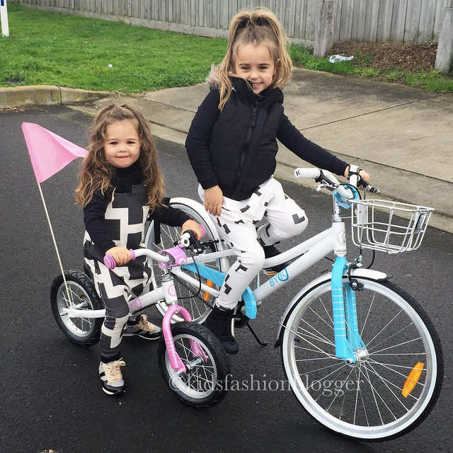 insta-kidsfashionblogger-girls-on-bikes-web