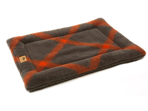 West Paw Montana Nap Cat Bed XS - Plaid from Cat Supplies and More