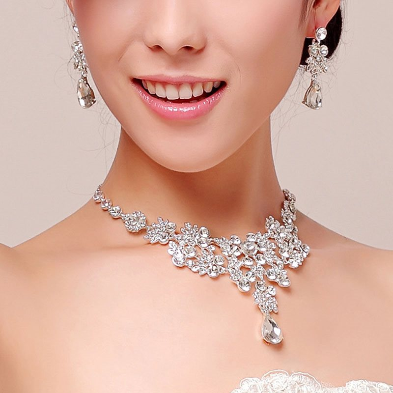 Pearl Inlaid Necklace Romantic Engagement Jewelry Sets