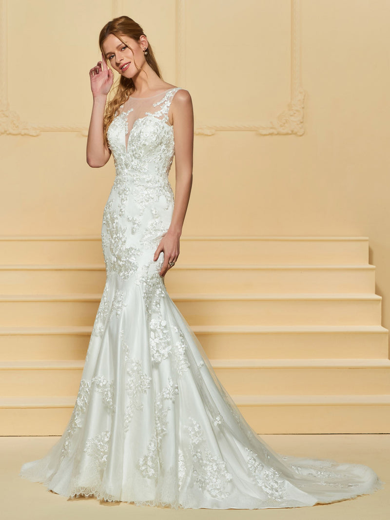 Bateau Beading Court Trumpet/Mermaid Garden/Outdoor Wedding Dress
