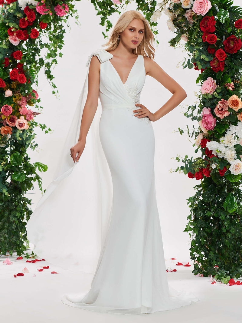 Floor-Length Appliques Trumpet/Mermaid V-Neck Church Wedding Dress