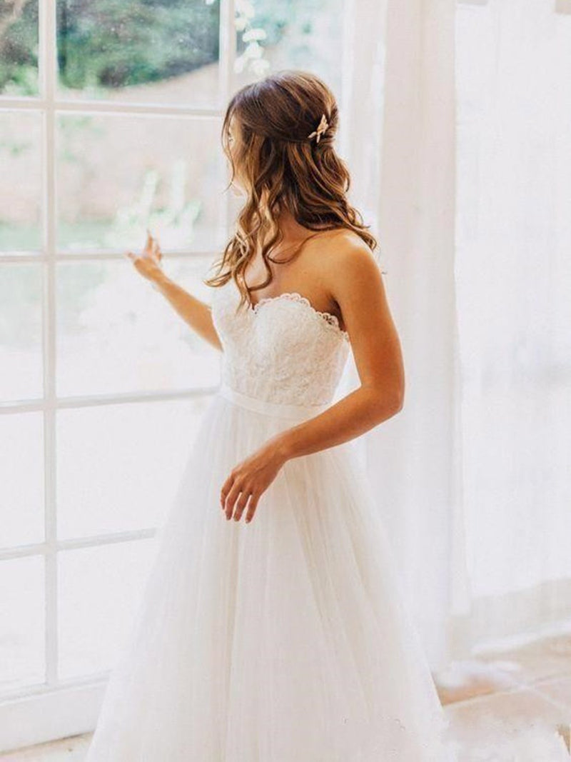 Sleeveless A-Line Strapless Lace Beach Wedding Dress