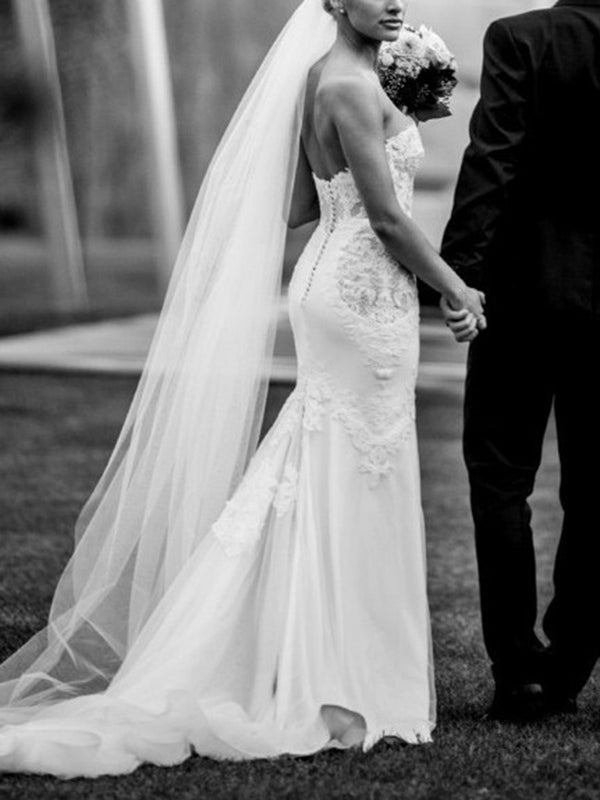 Sleeveless Lace Floor-Length Trumpet/Mermaid Church Wedding Dress