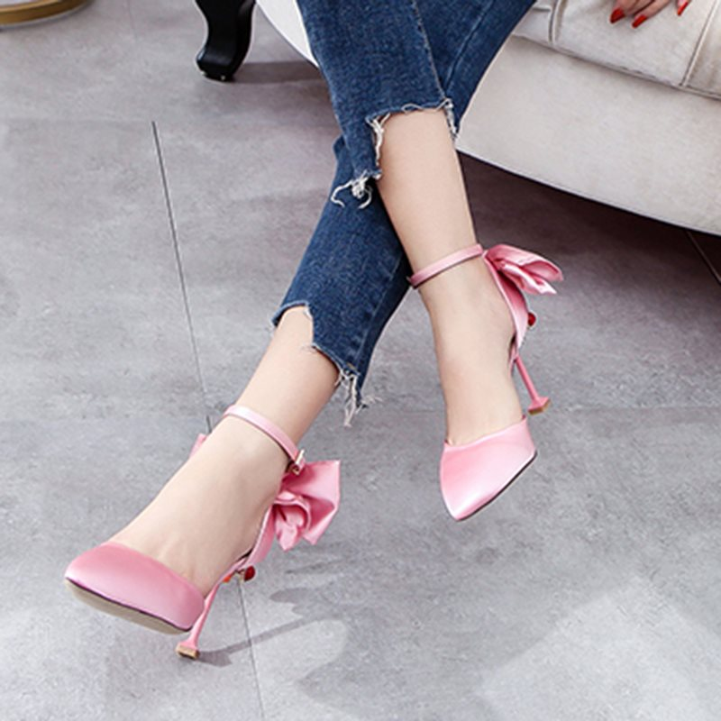 Pointed Toe Rhinestone Line-Style Buckle Spool Heel Low-Cut Upper Plain Thin Shoes