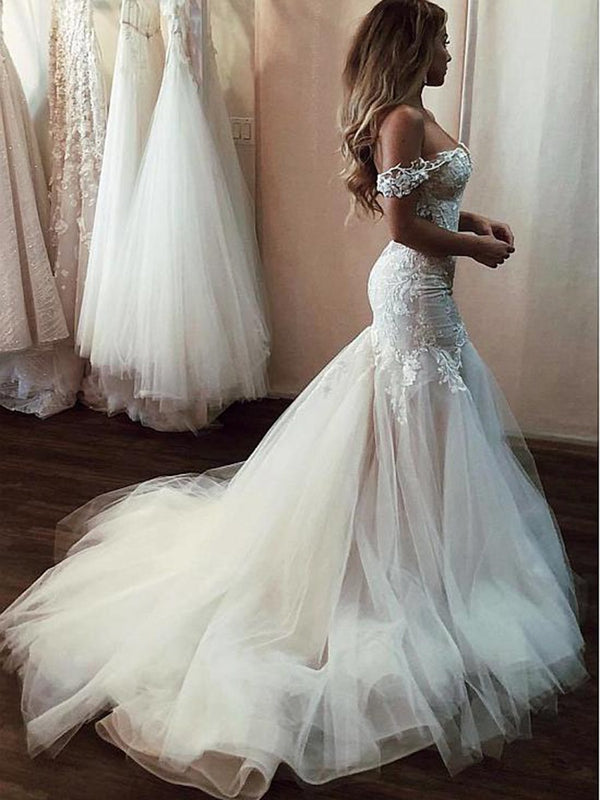 Trumpet/Mermaid Sleeveless Appliques Floor-Length Hall Wedding Dress