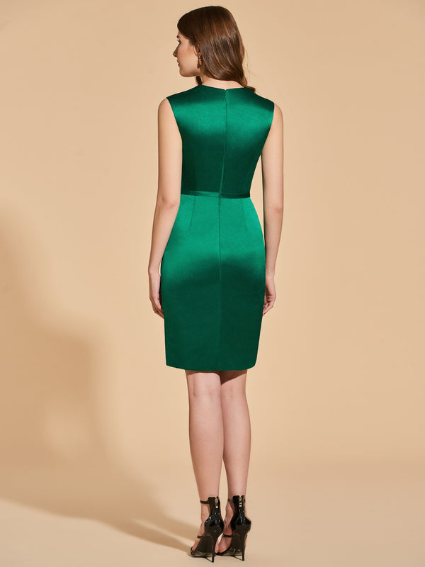 Sleeveless Appliques Knee-Length Sheath/Column Cocktail Dress