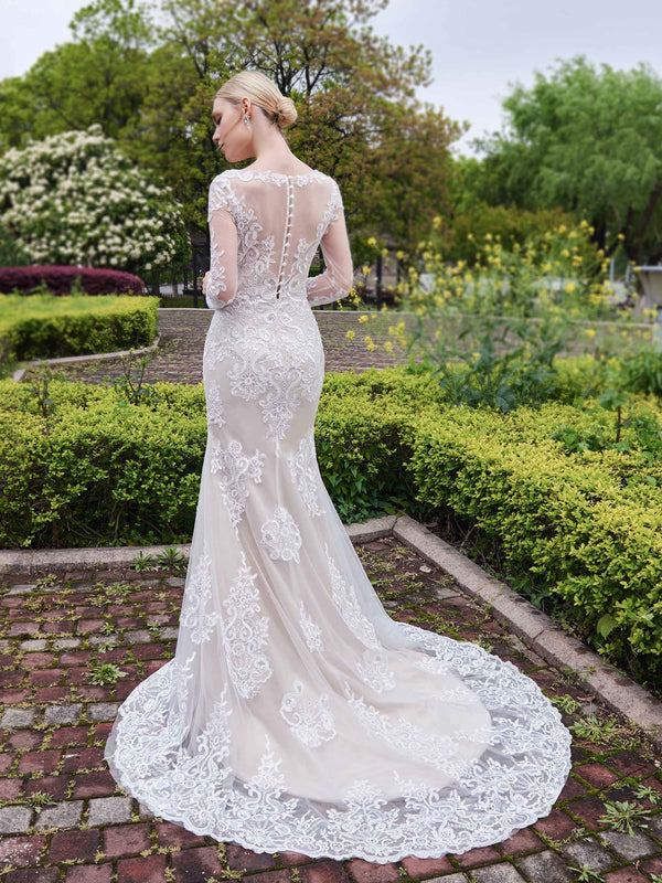 Trumpet/Mermaid Appliques Court Long Sleeves Hall Wedding Dress