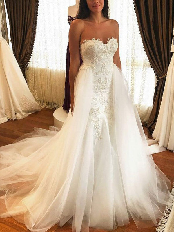 Sweetheart Watteau Sleeveless Appliques Church Wedding Dress