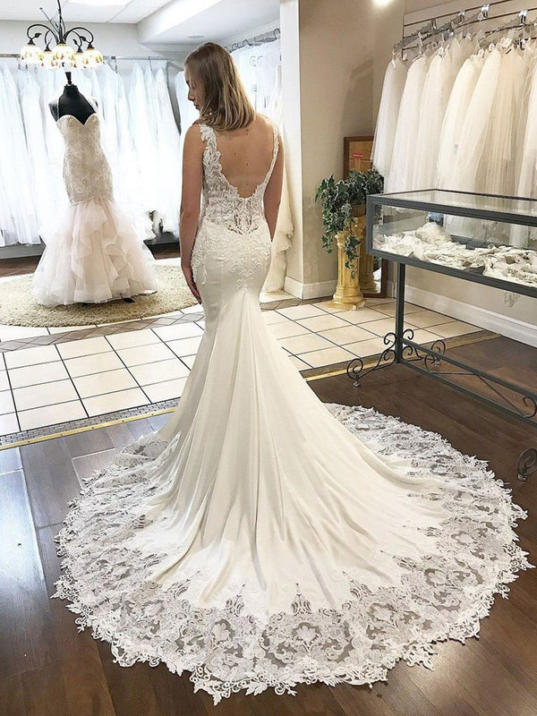 Trumpet/Mermaid Sleeveless V-Neck Appliques Hall Wedding Dress