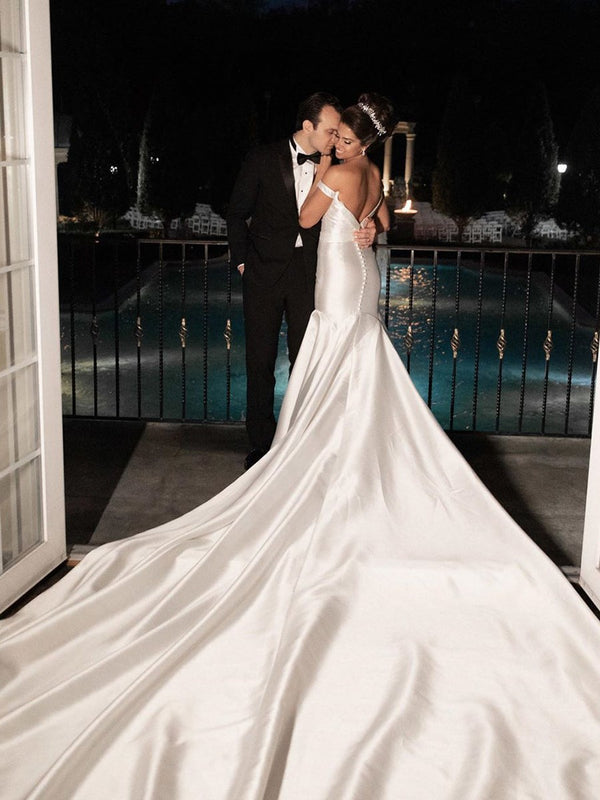 Off-The-Shoulder Cathedral Sleeveless Floor-Length Hall Wedding Dress