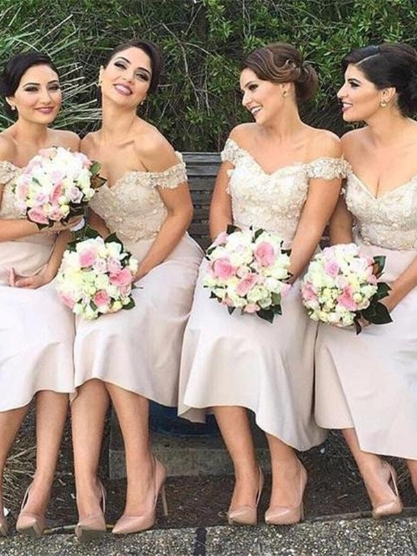 Off-The-Shoulder A-Line Appliques Knee-Length Wedding Party Dress