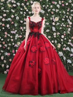 Floor-Length Sleeveless Straps Appliques Quinceanera Dress