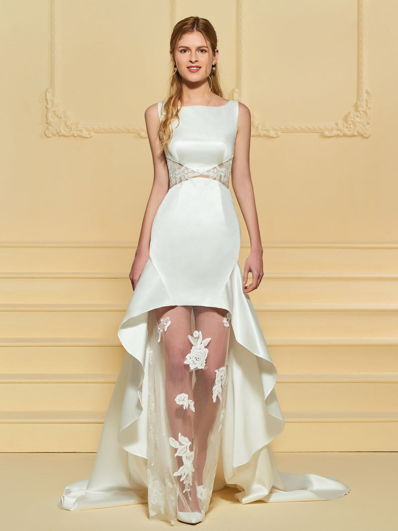 Court Sleeveless Sheath/Column Lace Garden/Outdoor Wedding Dress