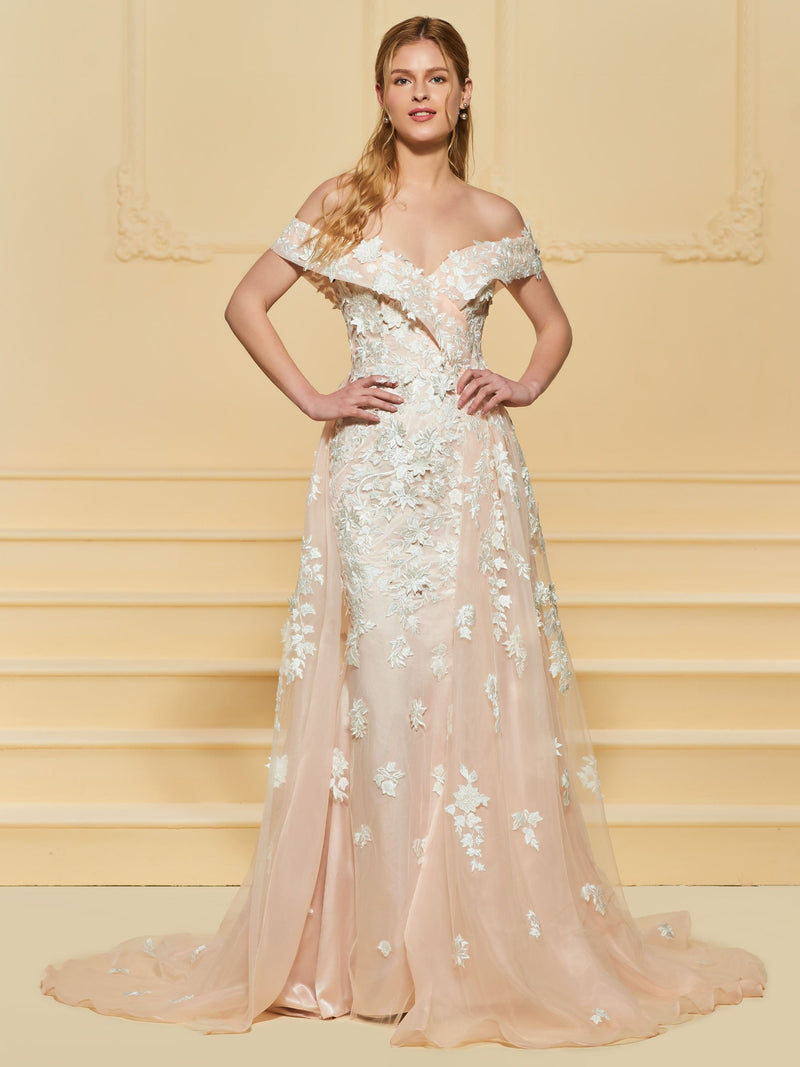 Off-The-Shoulder Trumpet/Mermaid Appliques Floor-Length Garden/Outdoor Wedding Dress