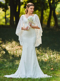 Floor-Length Court Lace Trumpet/Mermaid Garden/Outdoor Wedding Dress