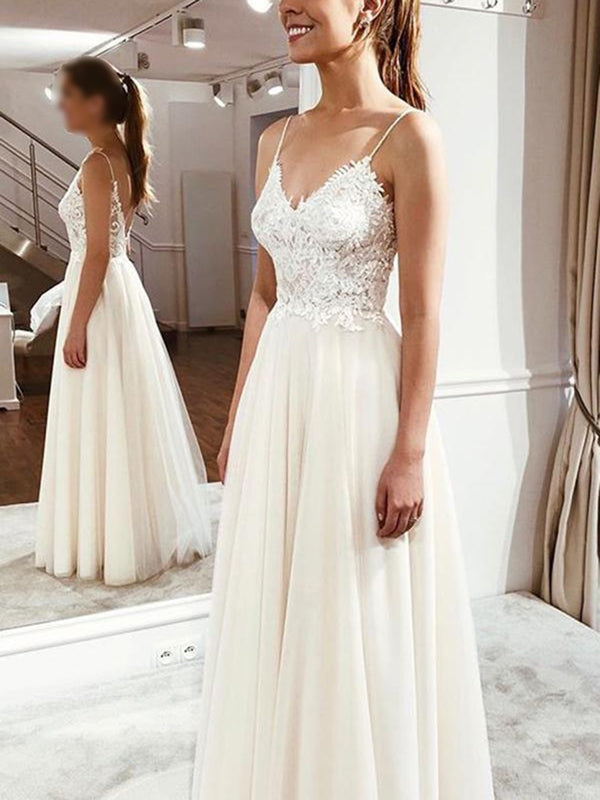 Spaghetti Straps Floor-Length Sleeveless Appliques Beach Wedding Dress