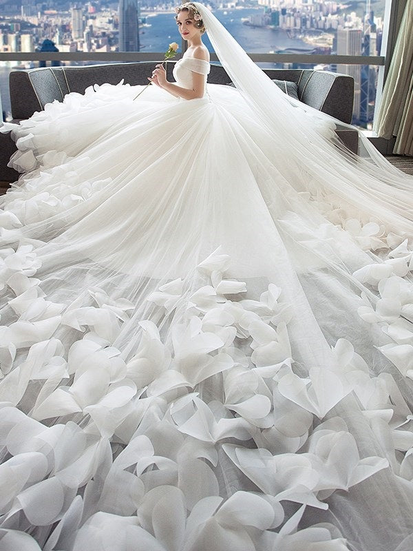 A-Line Floor-Length Flowers Off-The-Shoulder Hall Wedding Dress