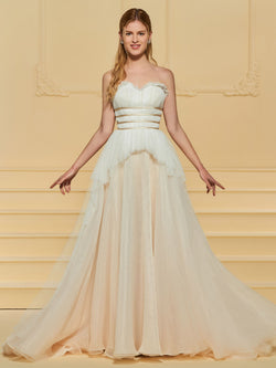 Sweetheart Floor-Length Sleeveless A-Line Garden/Outdoor Wedding Dress