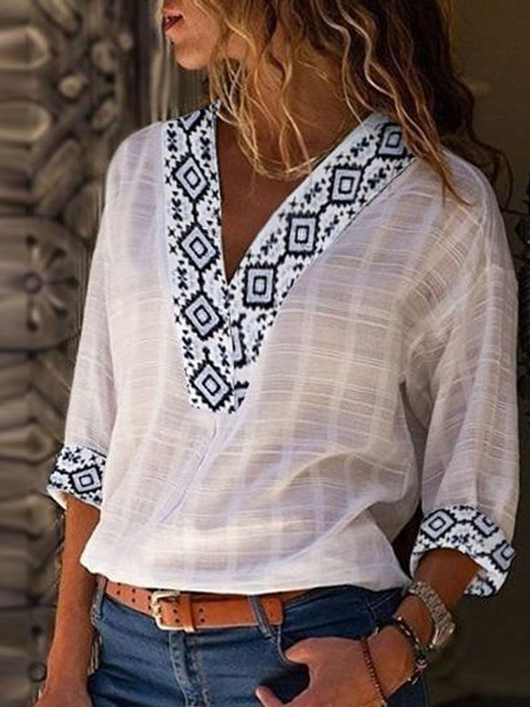 Geometric V-Neck Three-Quarter Sleeve Casual Summer T-Shirt