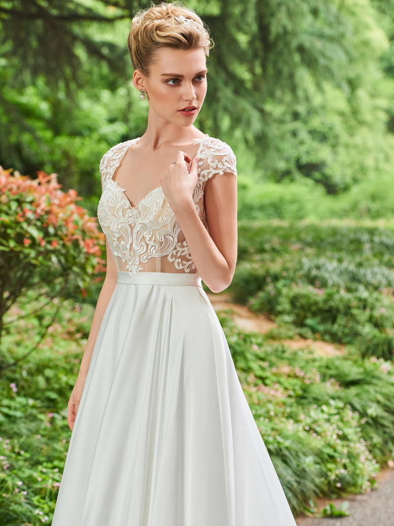 Chapel V-Neck Floor-Length Lace Church Wedding Dress