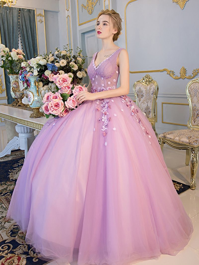 Ball Gown Sleeveless V-Neck Beading Quinceanera Dress