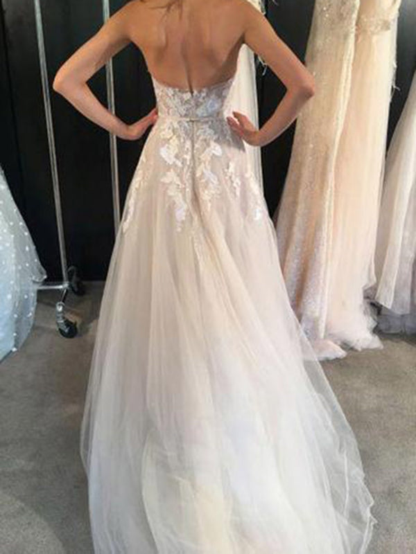 Sleeveless A-Line Sweetheart Floor-Length Beach Wedding Dress