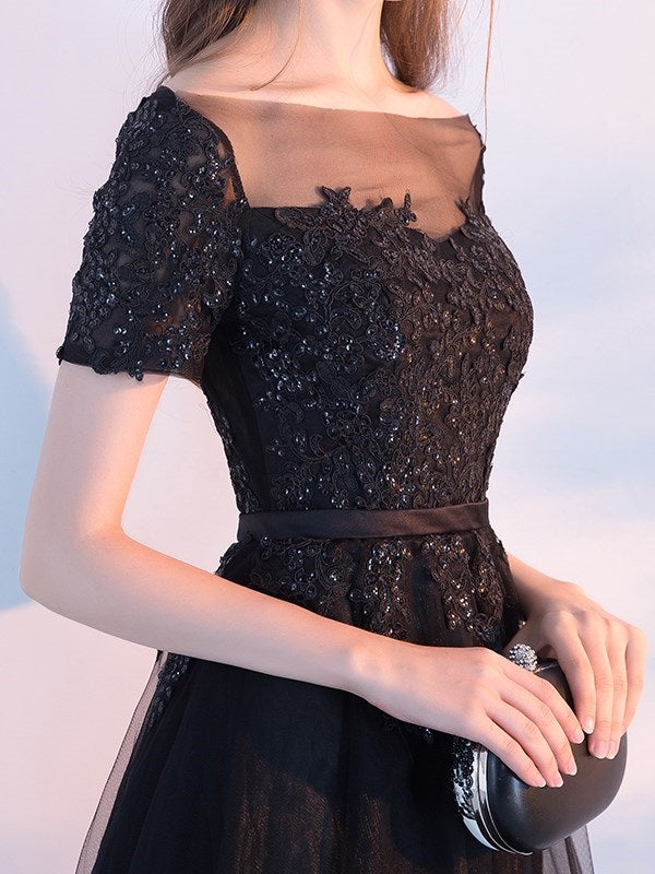 Beading Tea-Length Bateau Short Sleeves Graduation Dress