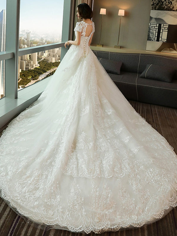 Chapel Scoop Short Sleeves Ball Gown Hall Wedding Dress