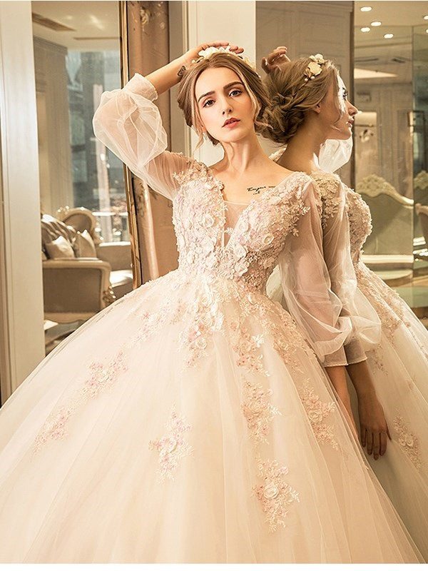 Ball Gown Long Sleeves Floor-Length Lace Hall Wedding Dress