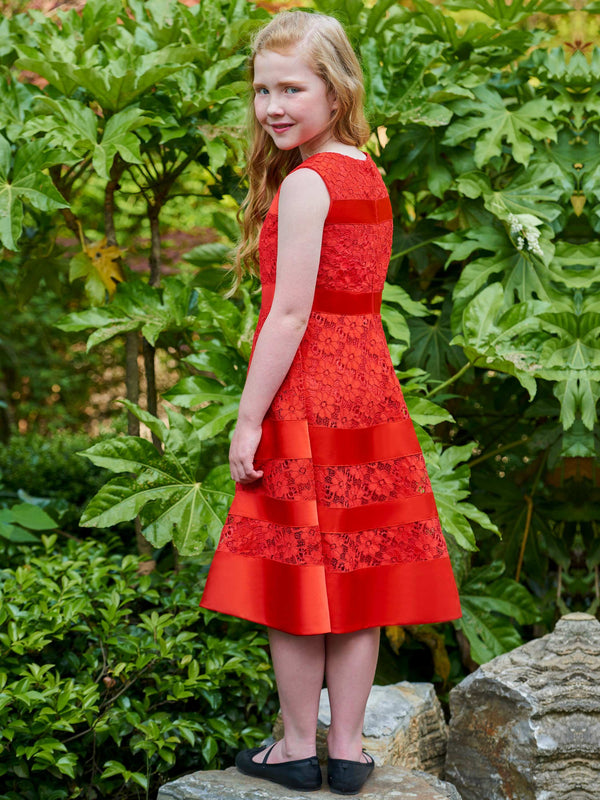 Sleeveless Lace Tea-Length Winter Flower Girl Dress