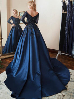 Long Sleeves V-Neck Appliques A-Line Evening Dress