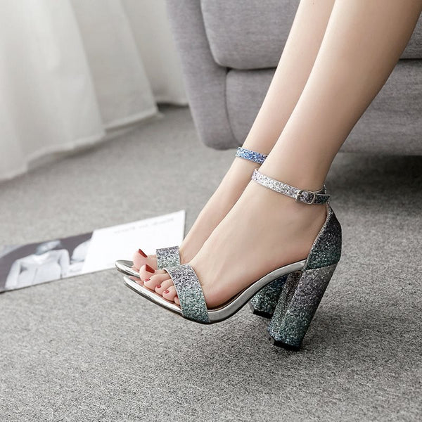 Chunky Heel Open Toe Line-Style Buckle Heel Covering Casual Low-Cut Upper Sandals