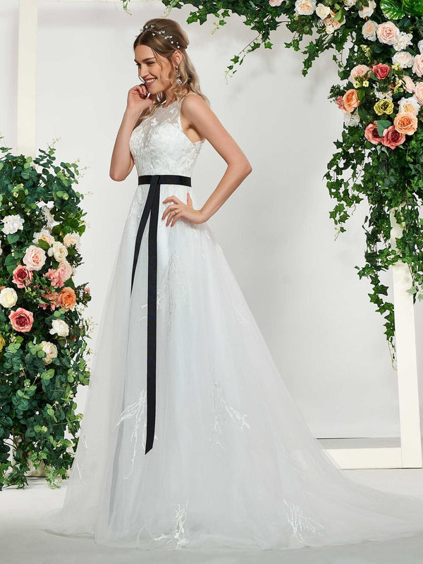 Floor-Length A-Line Sleeveless Appliques Garden/Outdoor Wedding Dress