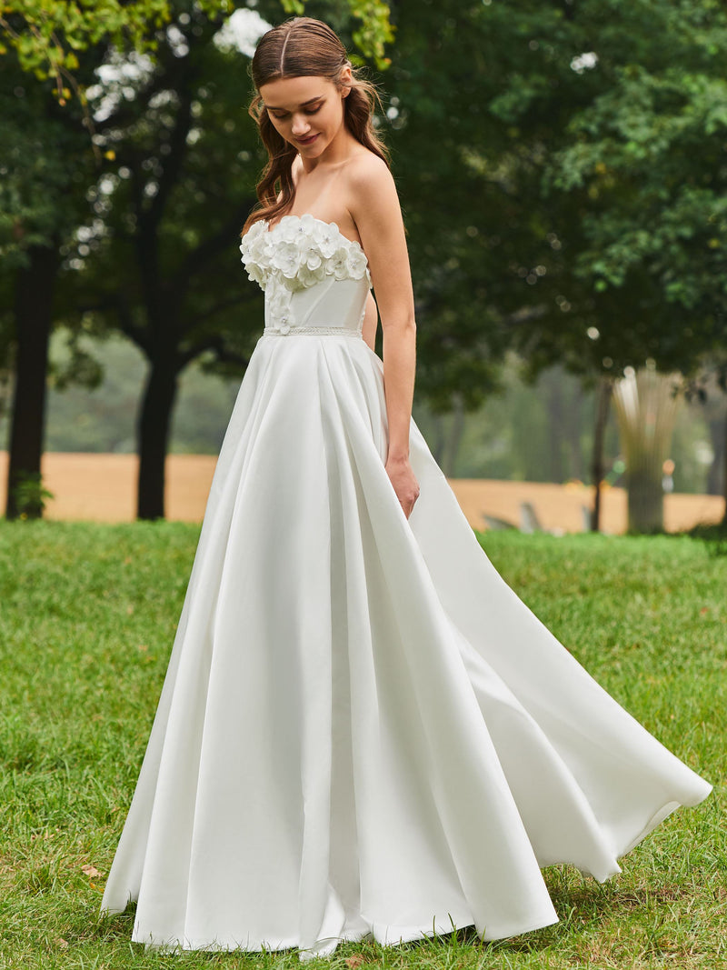 A-Line Floor-Length Sweetheart Flowers Wedding Dress