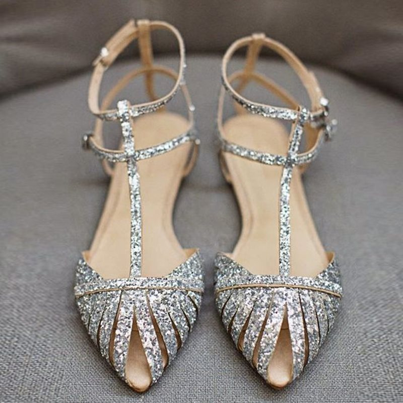 T-Shaped Buckle Strappy Pointed Toe Plain Buckle Sandals