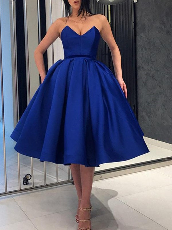 Sleeveless Ball Gown Sweetheart Knee-Length Evening Dress
