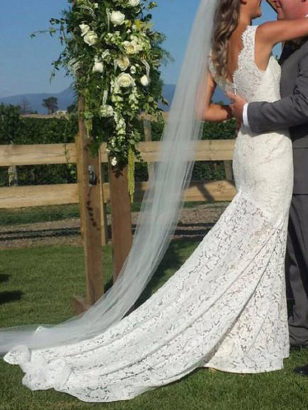 Court Sleeveless V-Neck Lace Church Wedding Dress