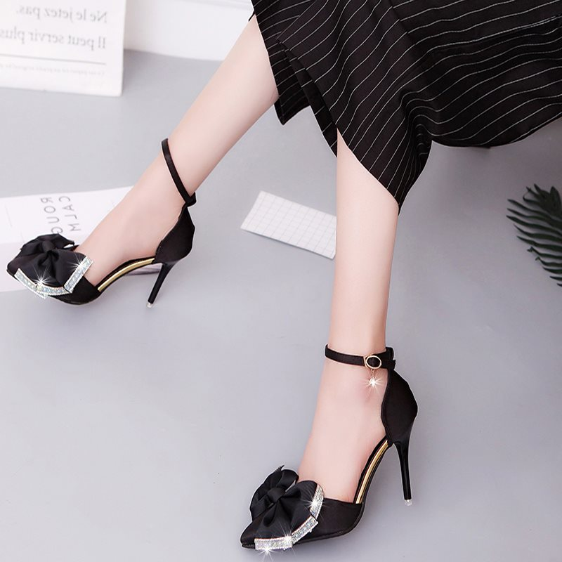 Line-Style Buckle Pointed Toe Rhinestone Stiletto Heel 9.5cm Low-Cut Upper Thin Shoes