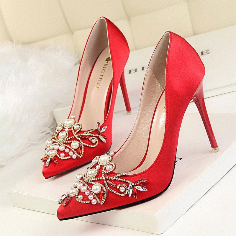Stiletto Heel Slip-On Beads Pointed Toe Banquet Ultra-High Heel Thin Shoes