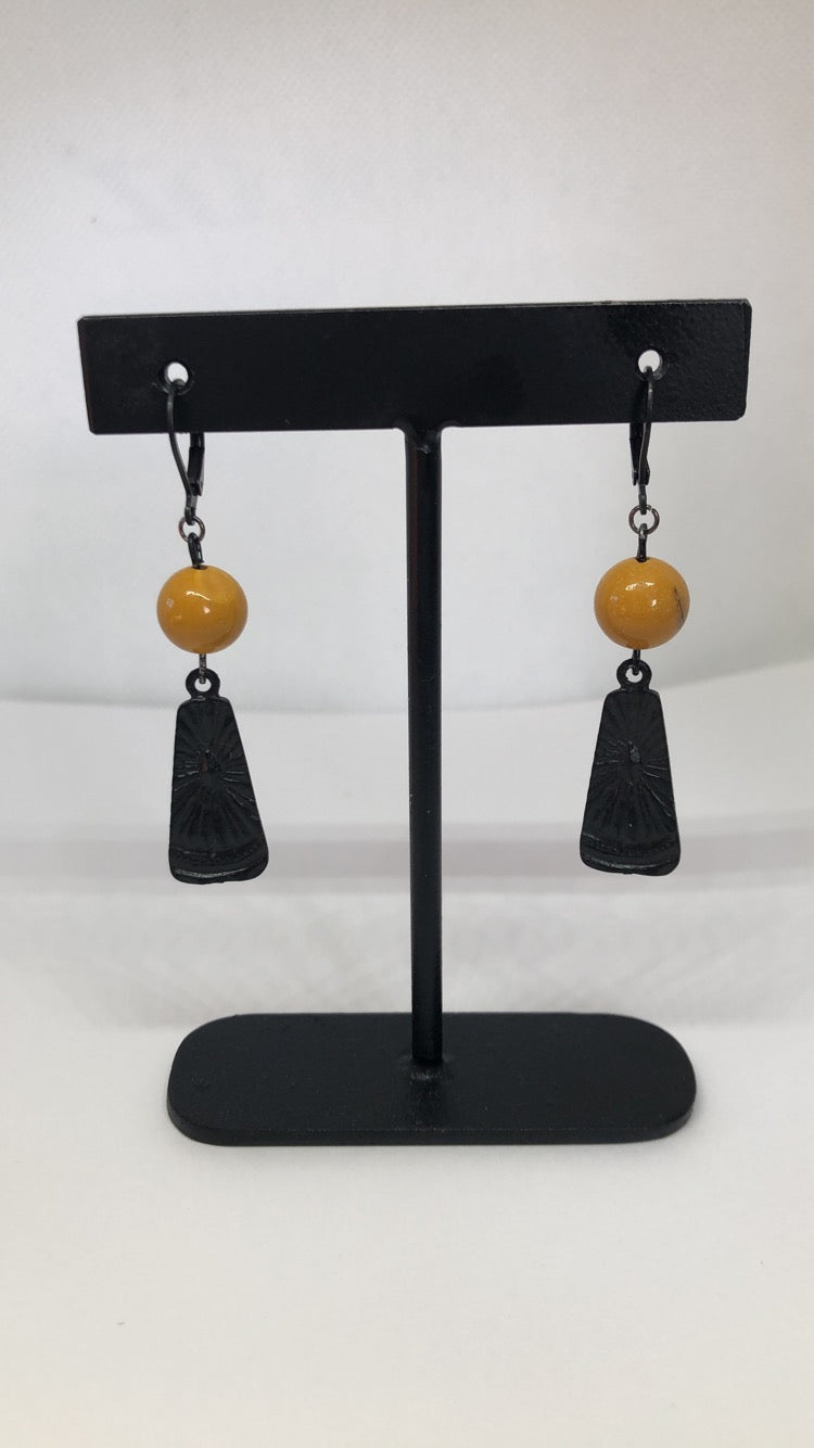 Fame Mustard Mookite Earrings