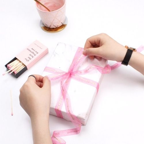 Different Ways To Tie Ribbons on Gifts
