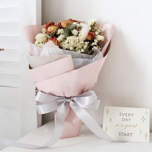 How To Gift Wrap a Bouquet of Your Own Fresh Flowers