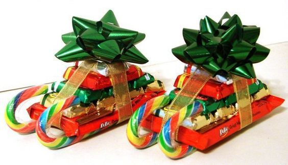 "2"" Christmas Star Gift Bow Bundle - Green/Red/Gold - 54pcs"