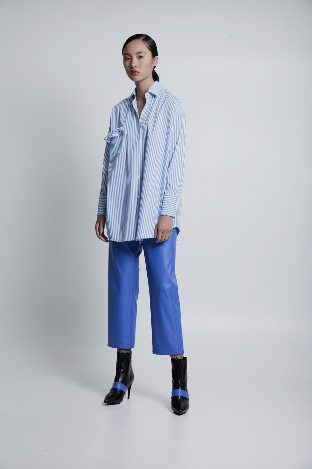 Oversized boyfriend shirt with ruffle pocket striped