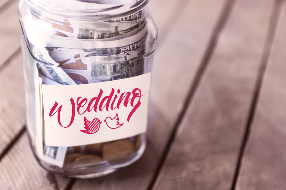 Wedding Traditions: Who pays for what?