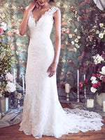 Button Court Floor-Length Trumpet/Mermaid Garden/Outdoor Wedding Dress