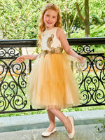 Knee-Length Appliques Scoop Tulle Flower Girl Dress